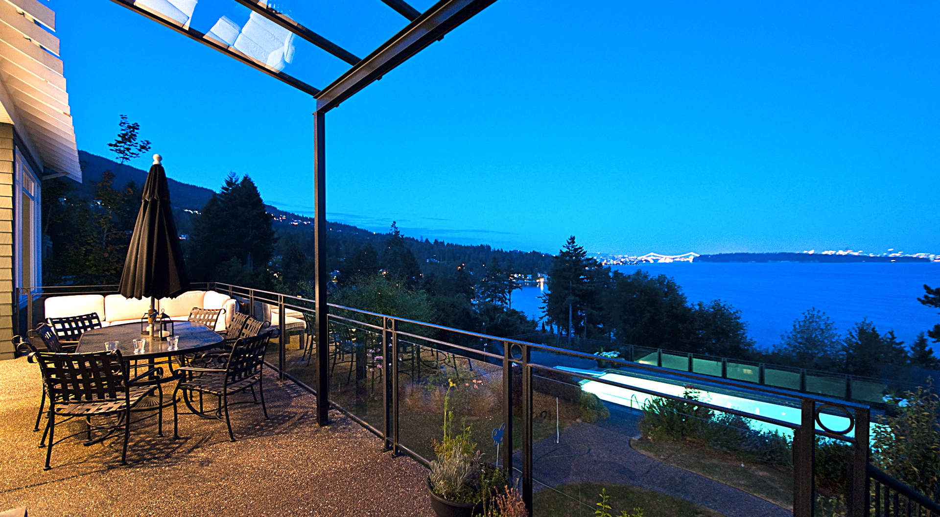 Beautiful Outdoor Terrace Overlooking Views
