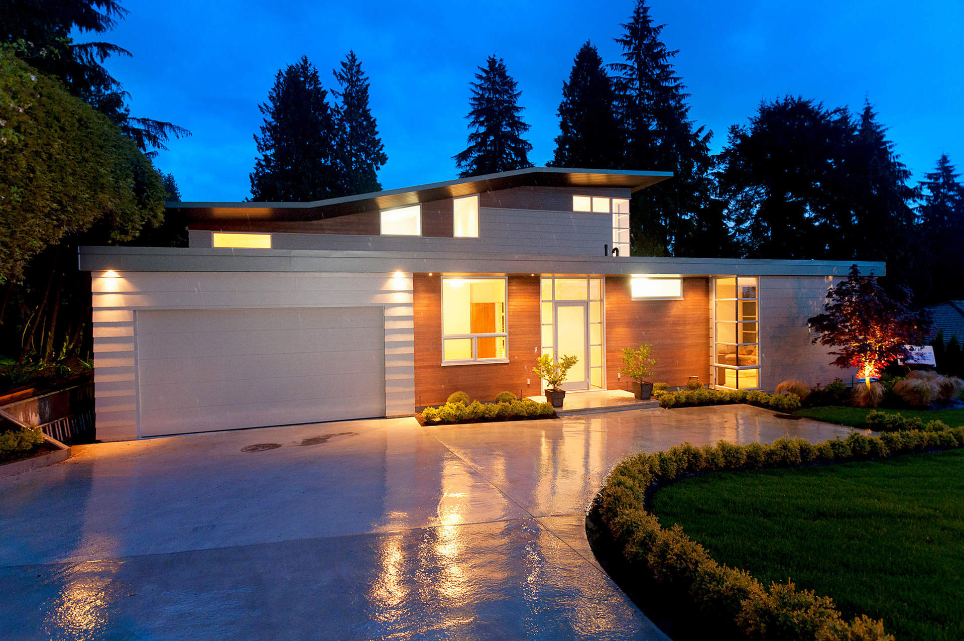 Spectacular Contemporary Residence in the Heart of Ambleside - HST include in Price!