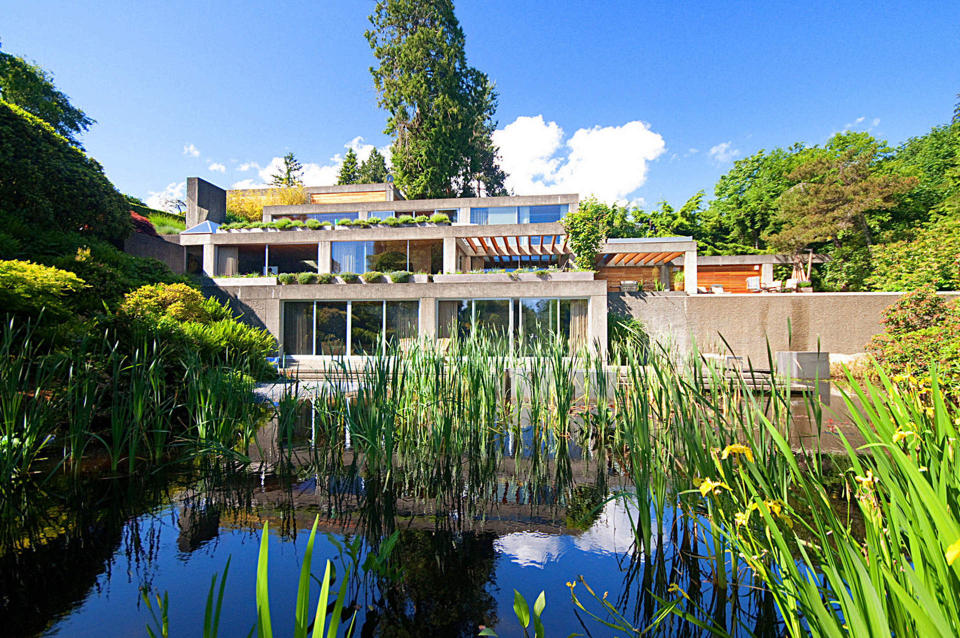"Landmark Estate de Arthur Erickson - ""El Eppich House""!"