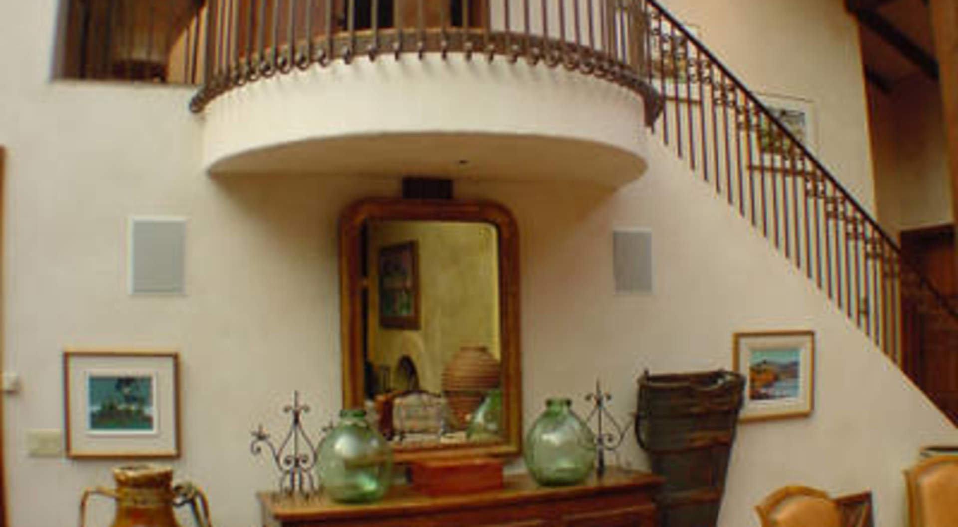 Juliet Balcony & Staircase to Guest Suite