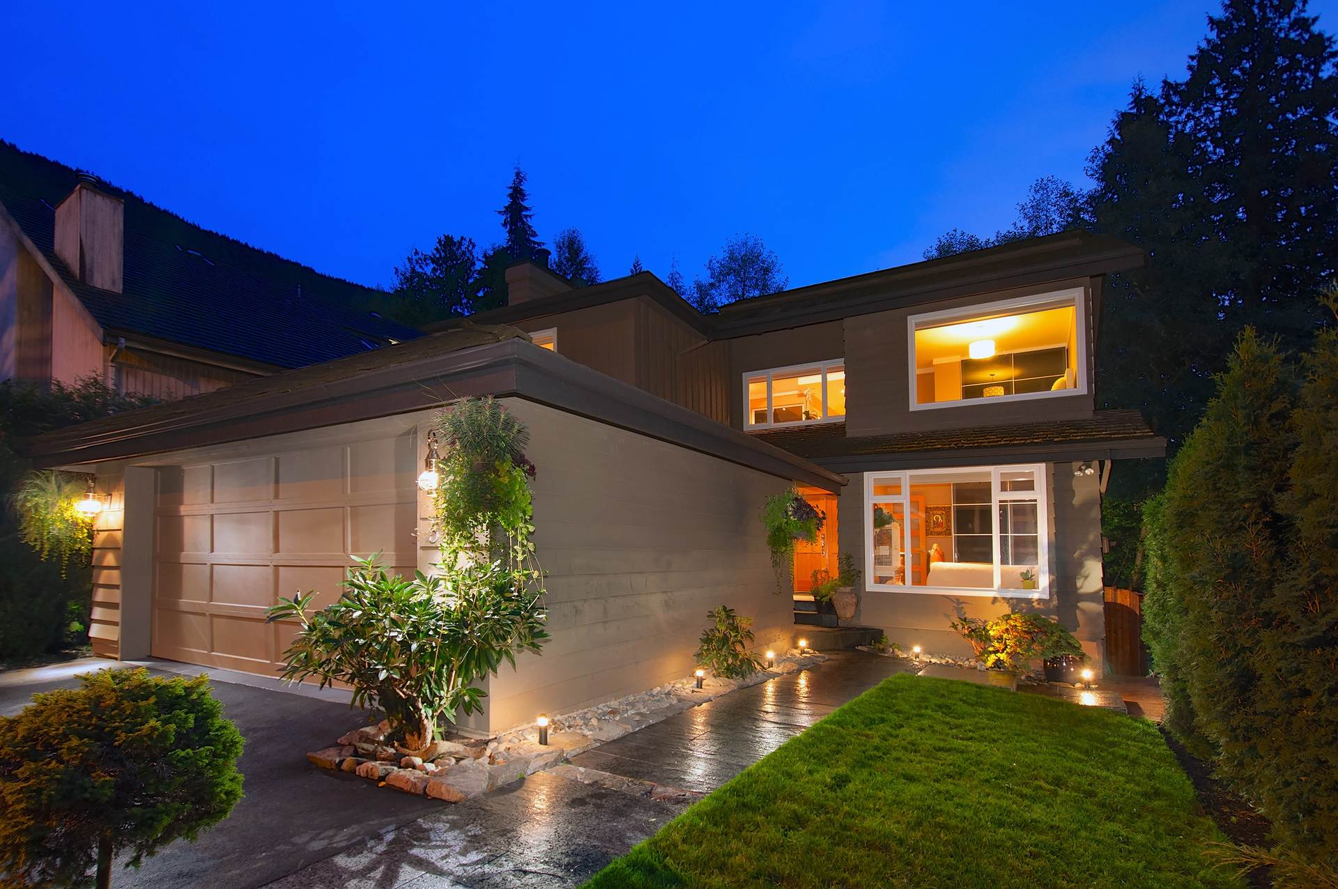 5518 Deerhorn Lane West Vancouver Homes and Real Estate