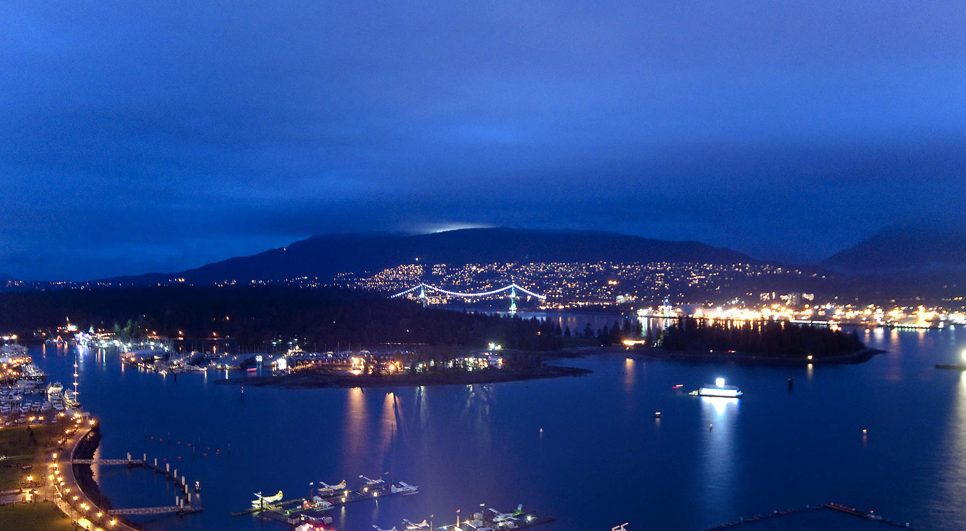Gorgeous Evening Views of Coal Harbour