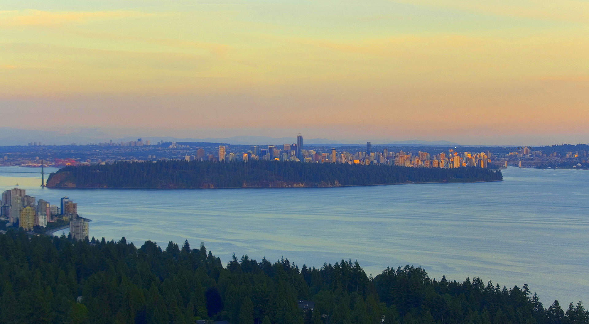 Views to the City and Stanley Park