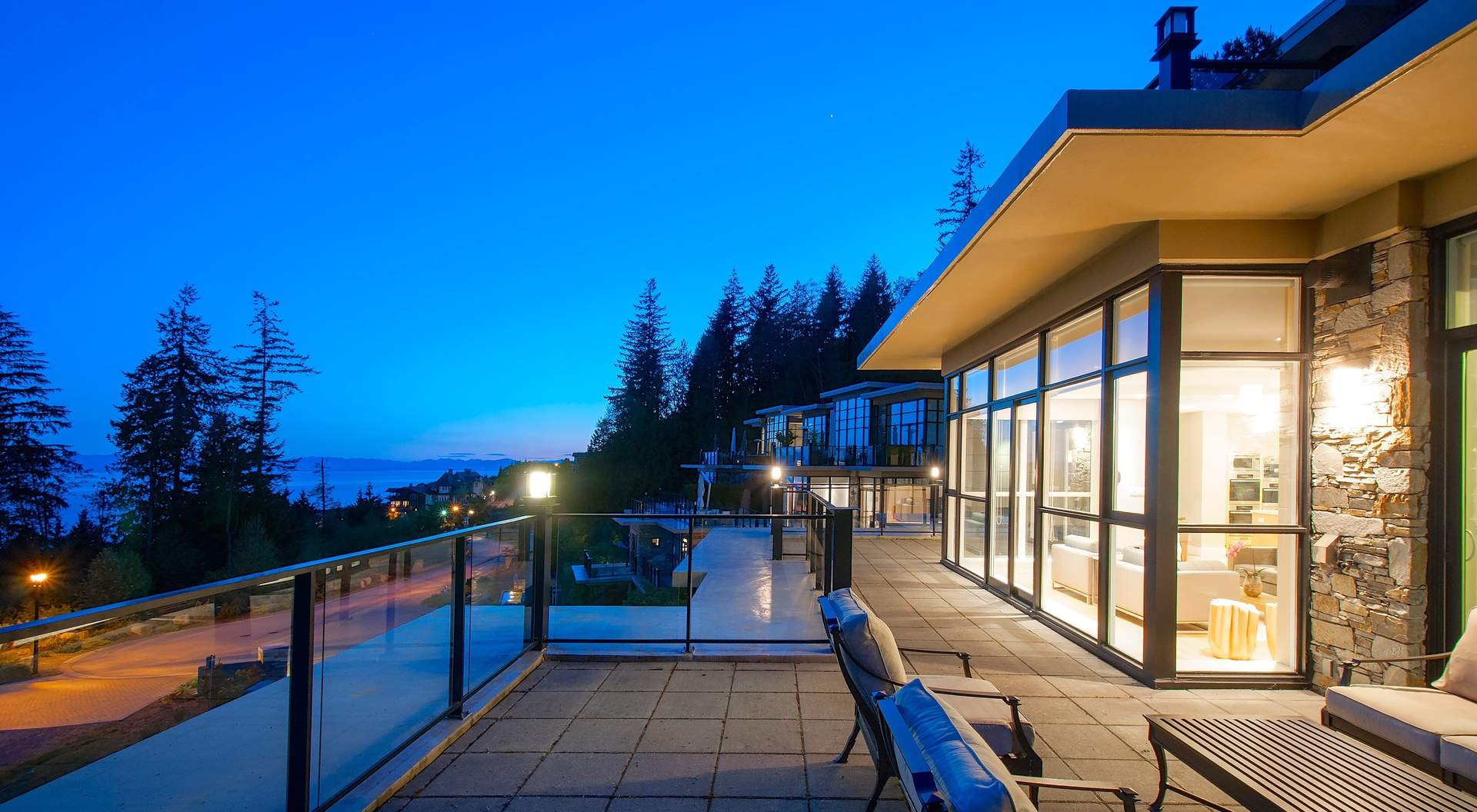 301 2275 Twin Creek Place West Vancouver Homes And