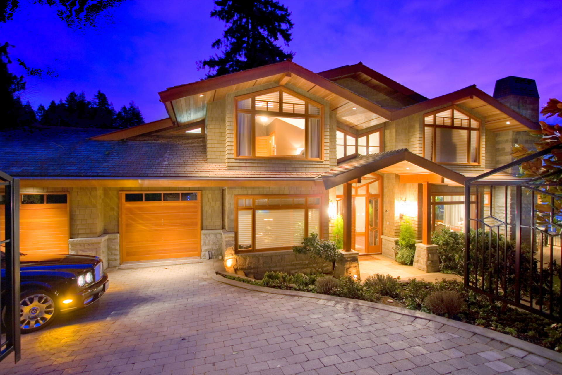 4367 Erwin Drive - West Vancouver Homes and Real Estate