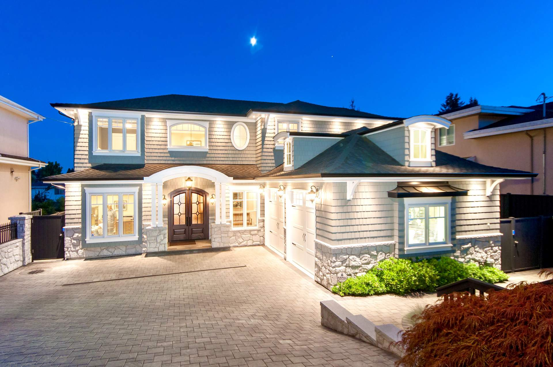 Spectacular Newly Built Residence in Burnaby North
