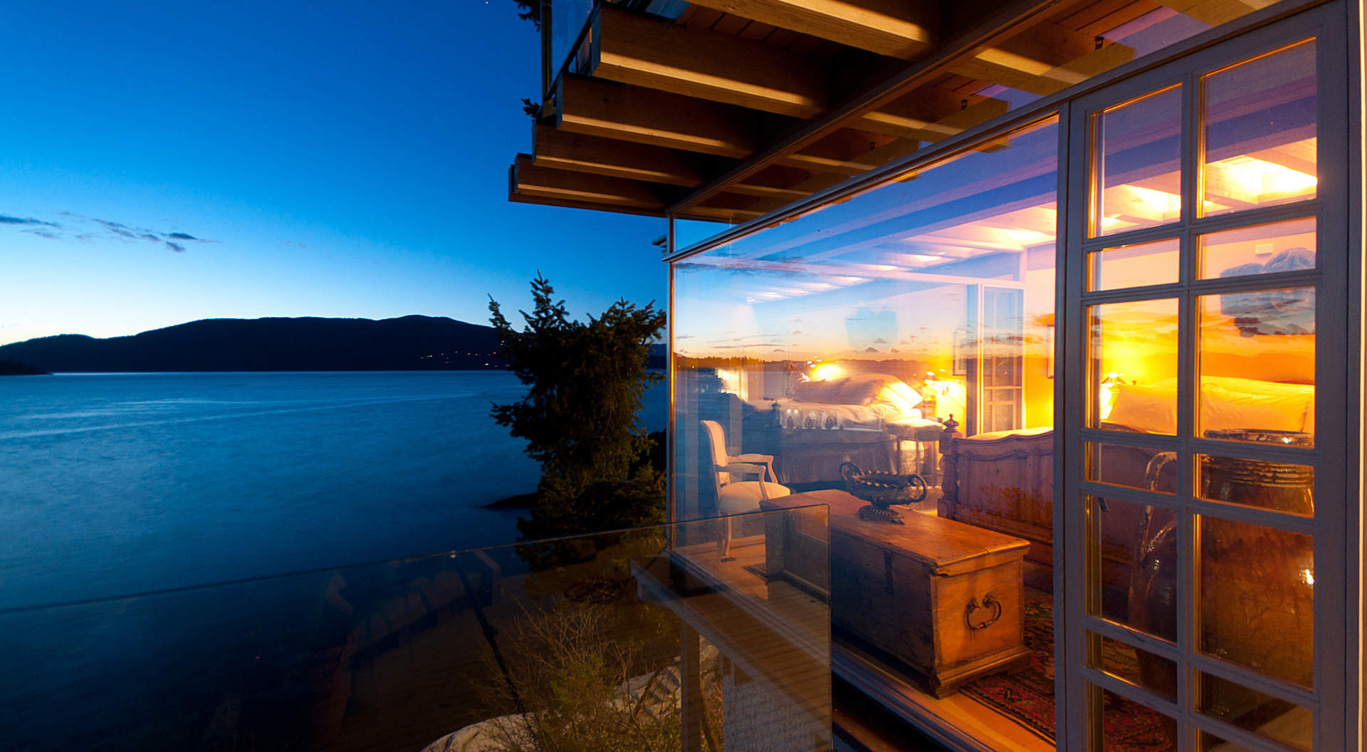 5311 Seaside Place - West Vancouver Homes and Real Estate ...