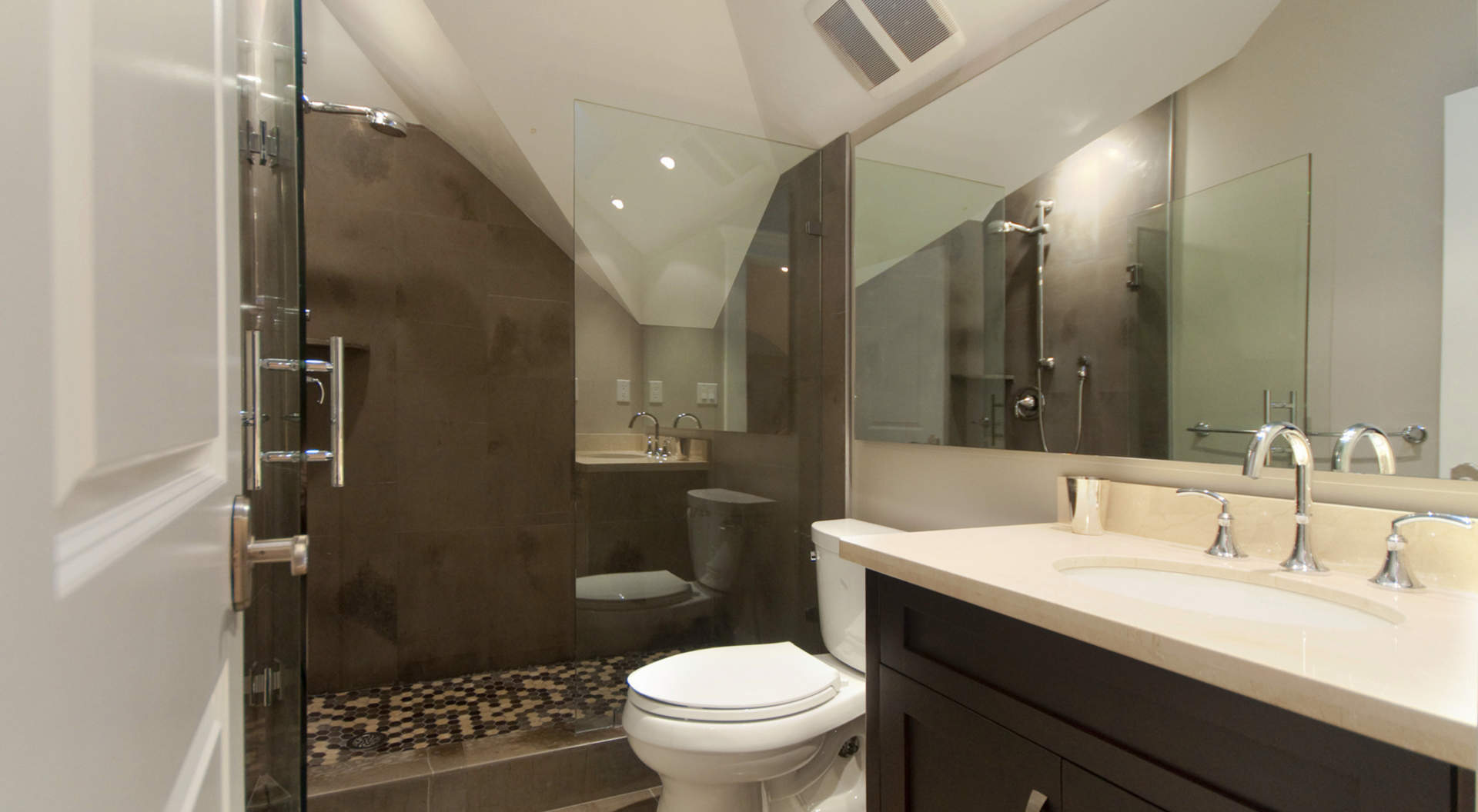 Guest Bathroom En