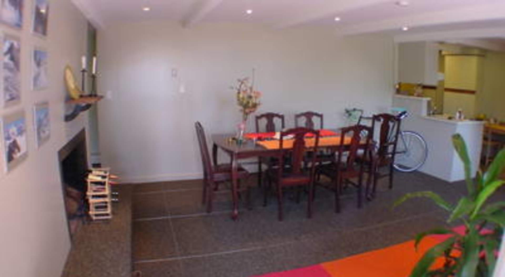 1928 nelson avenue west vancouver homes and real estate for Best private dining rooms vancouver
