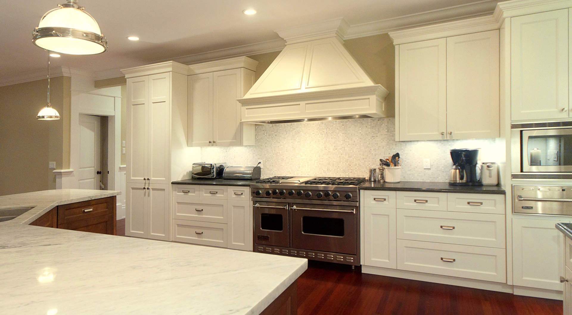 Custom Kitchen with Top Appliances