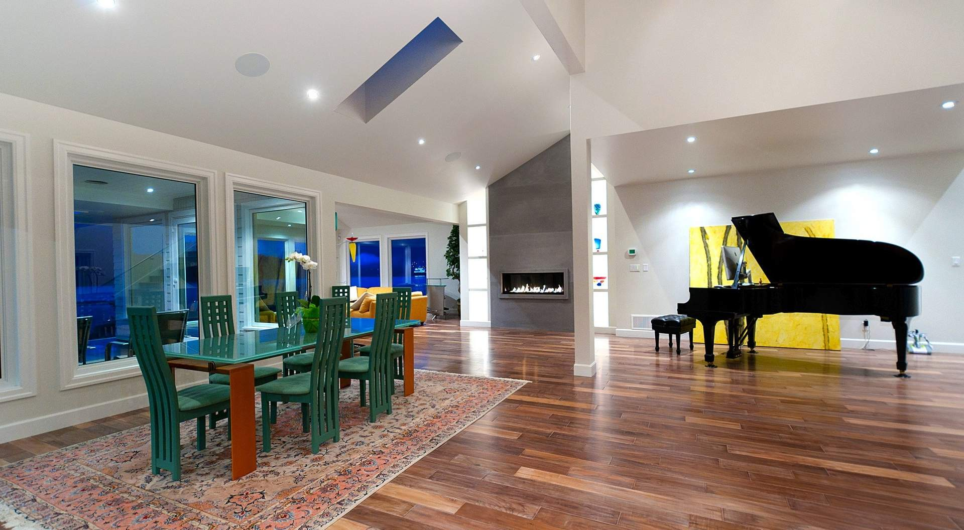 Sensational Open Plan of Living