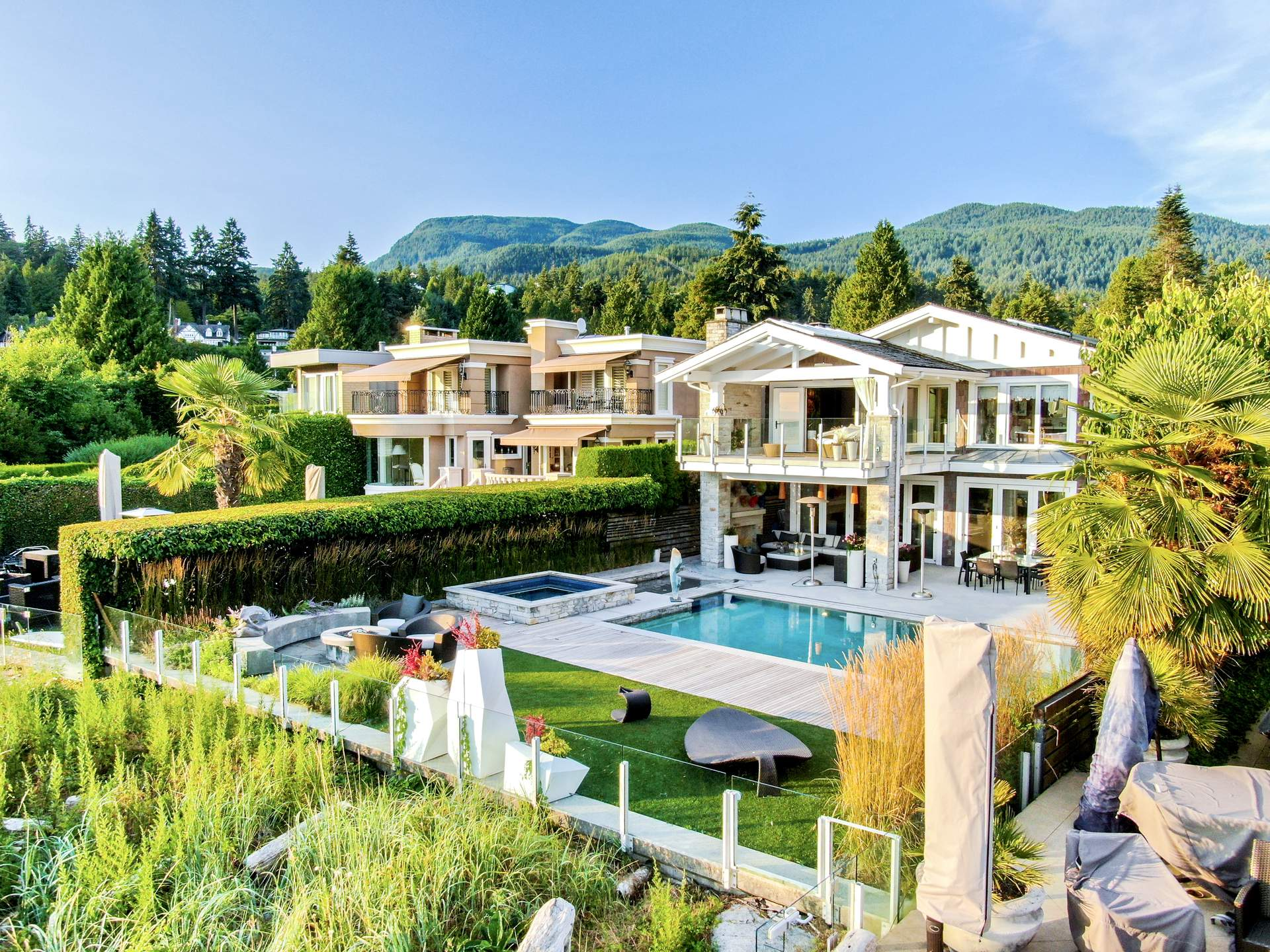ONE OF WEST VANCOUVER'S PREMIER WATERFRONT ESTATES!