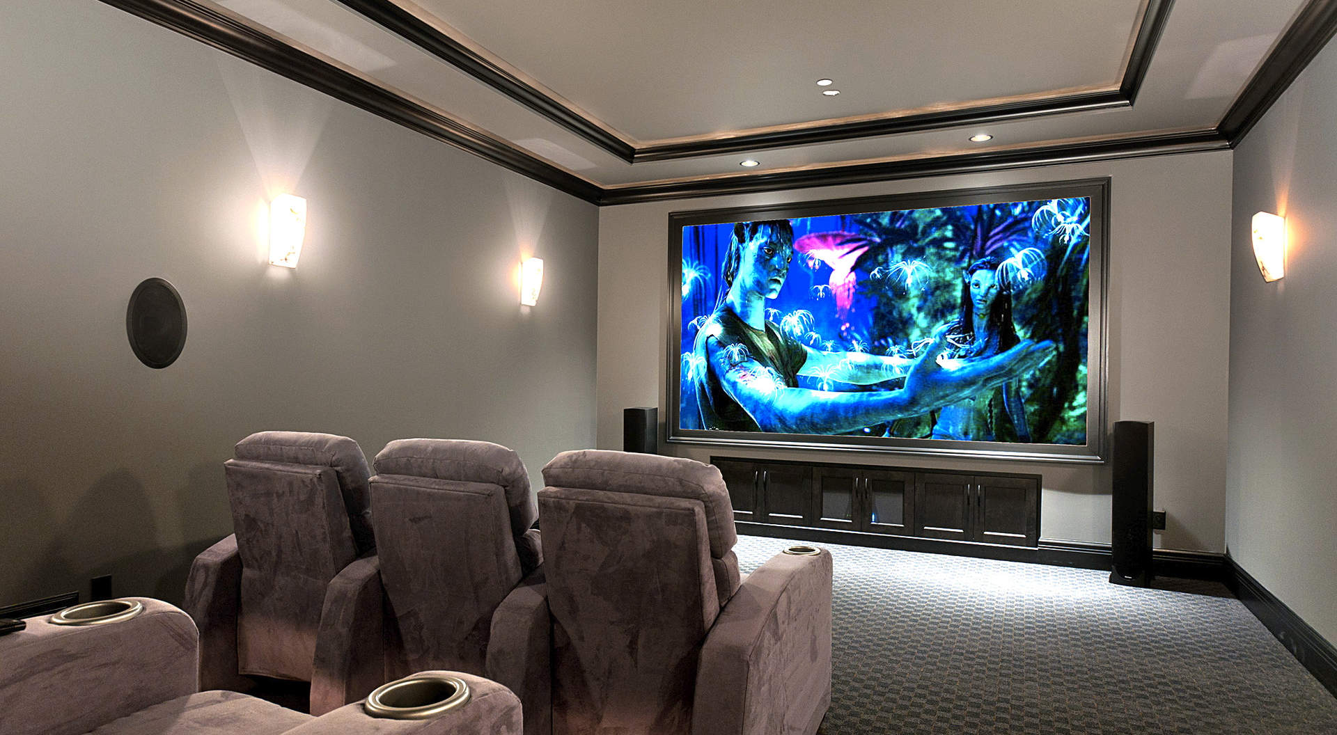 Fabulous Automated Home Theatre with State-of-the-Art Surround Sound