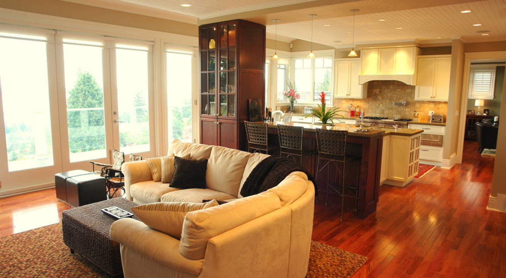 Kitchen & Family Room