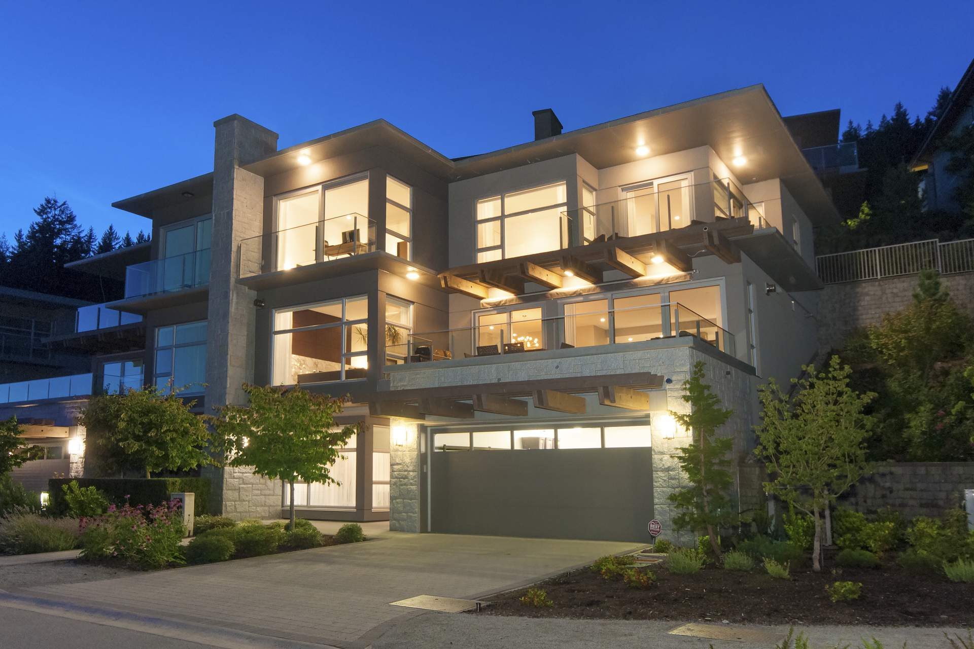 West Vancouver's Most Luxurious Townhome with Ocean Views