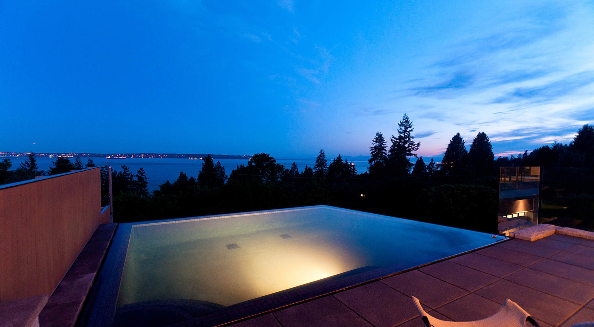 3265 dickinson crescent west vancouver homes and real for Pool design vancouver