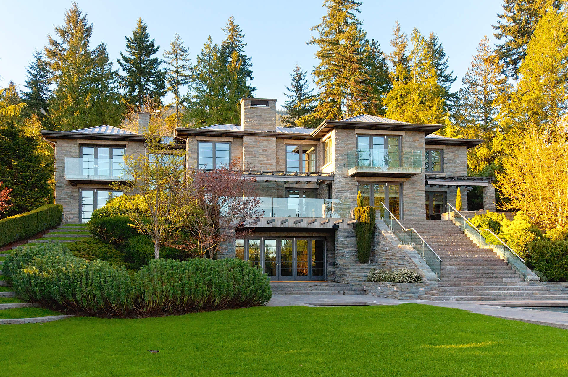 World Class Altamont Residence on .92 Acre with Ocean Views!