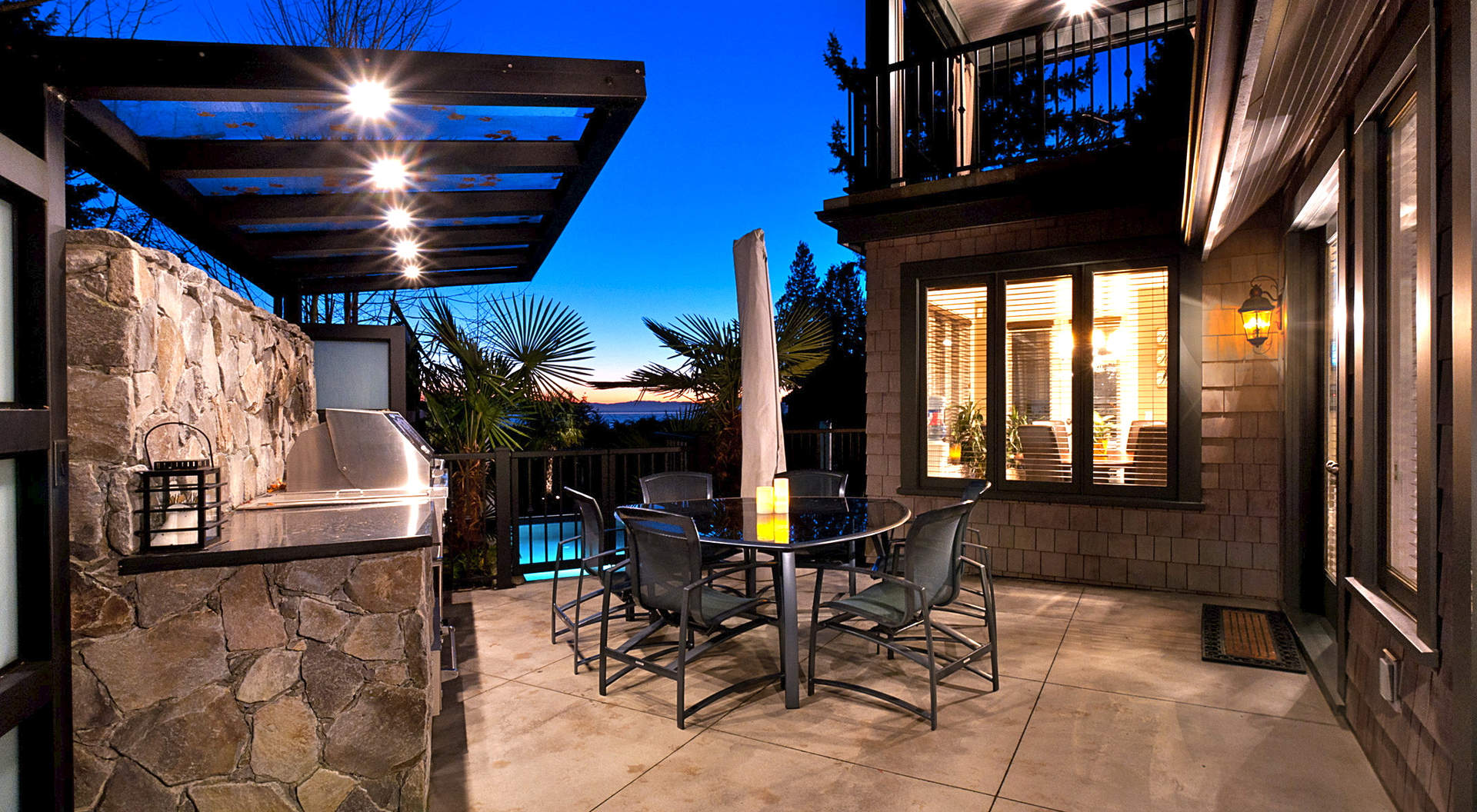 Sensational Outdoor Patio & BBQ Center
