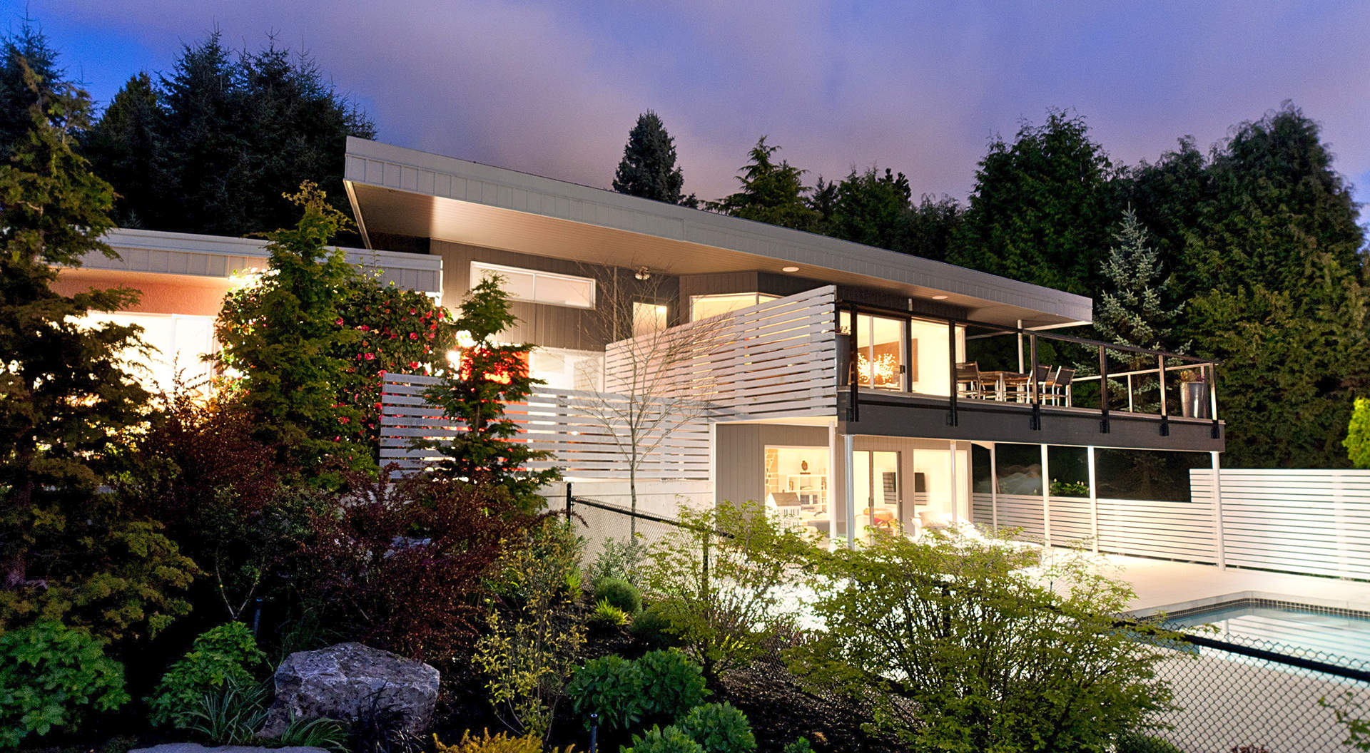 Gorgeous Contemporary Residence