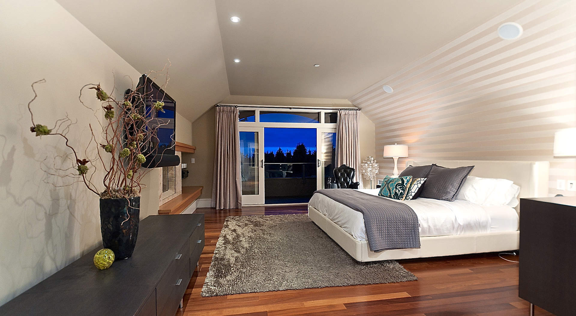 Gorgeous Master Suite