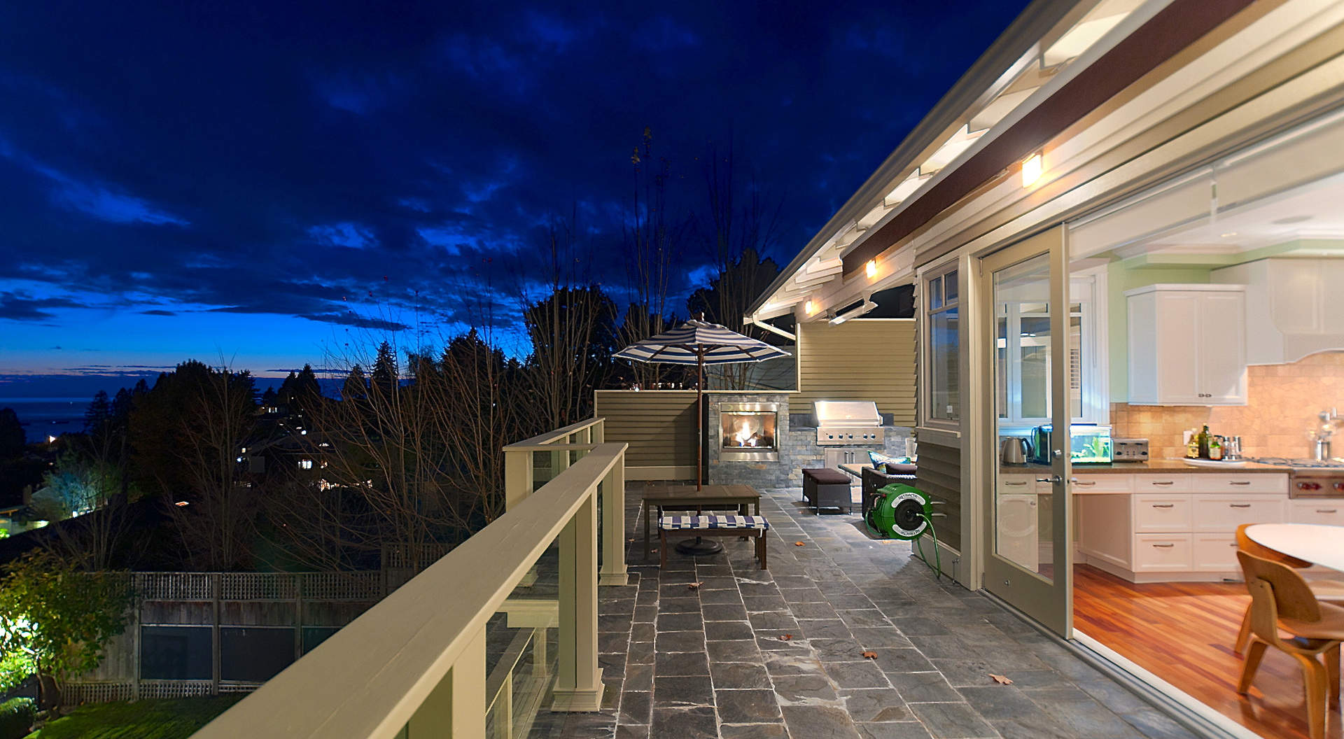 Large Sundeck Overlooking the South Facing Backyard