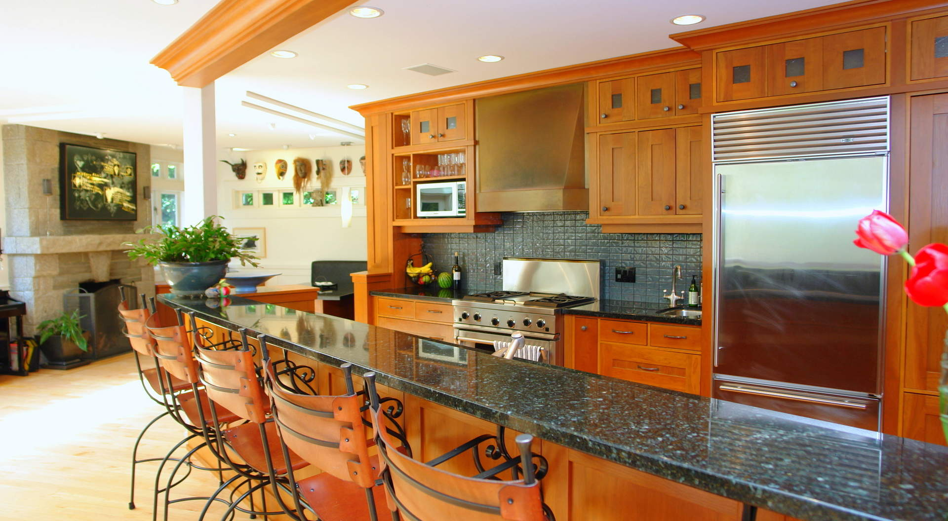 Sensational Breakfast Bar and Kitchen