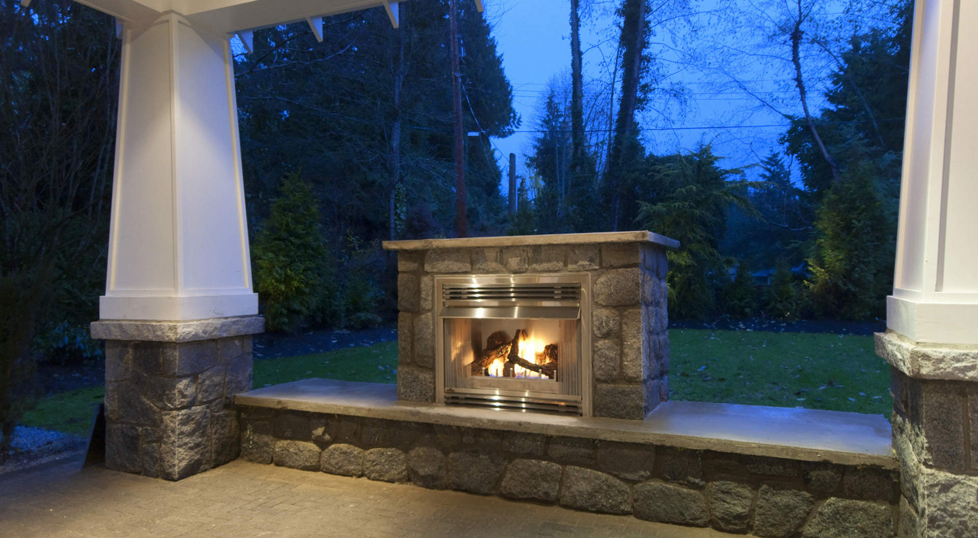 Outdoor Fireplace and Covered Area