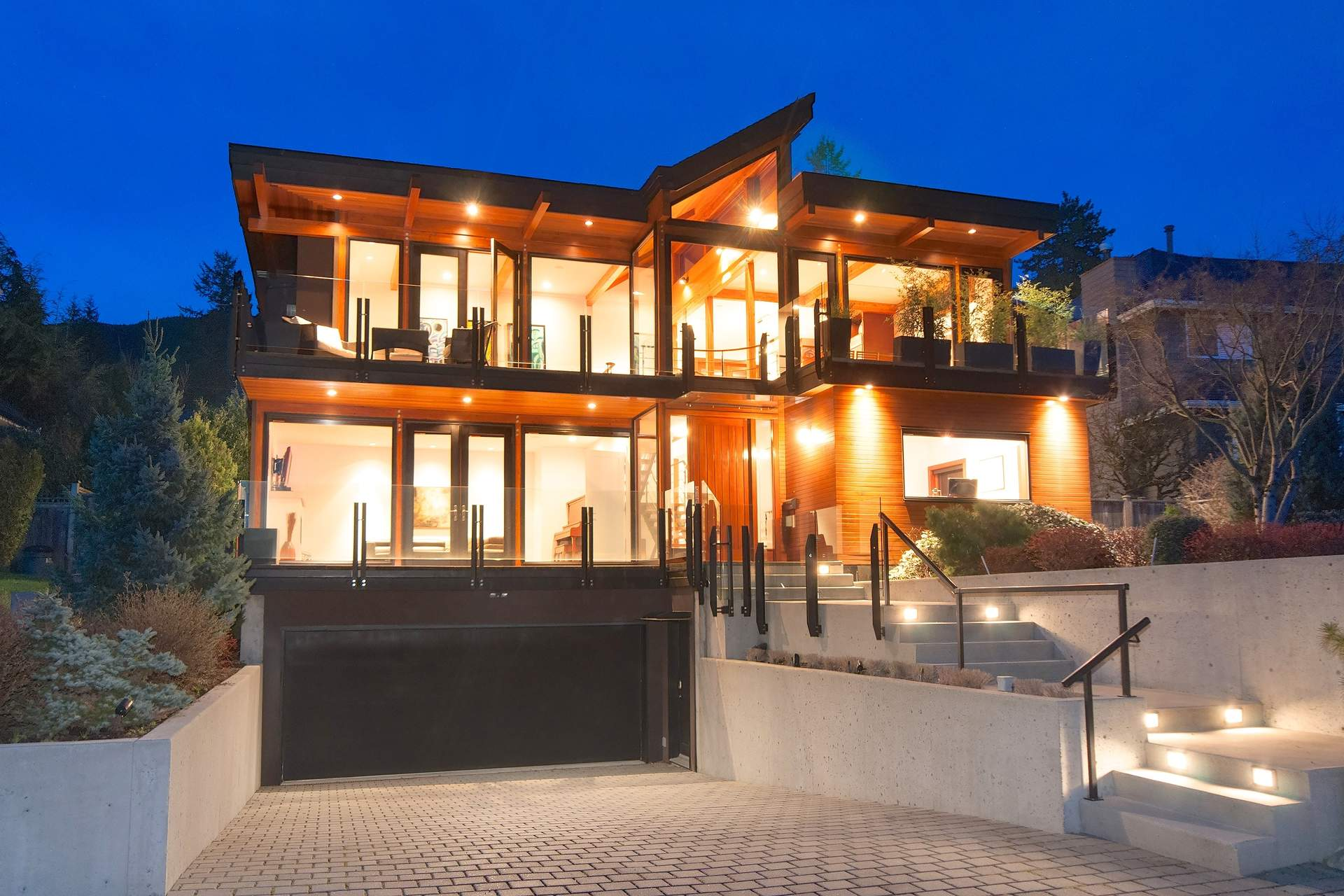 Spectacular Canyon Heights Contemporary Residence with City, Ocean & Mountain Views