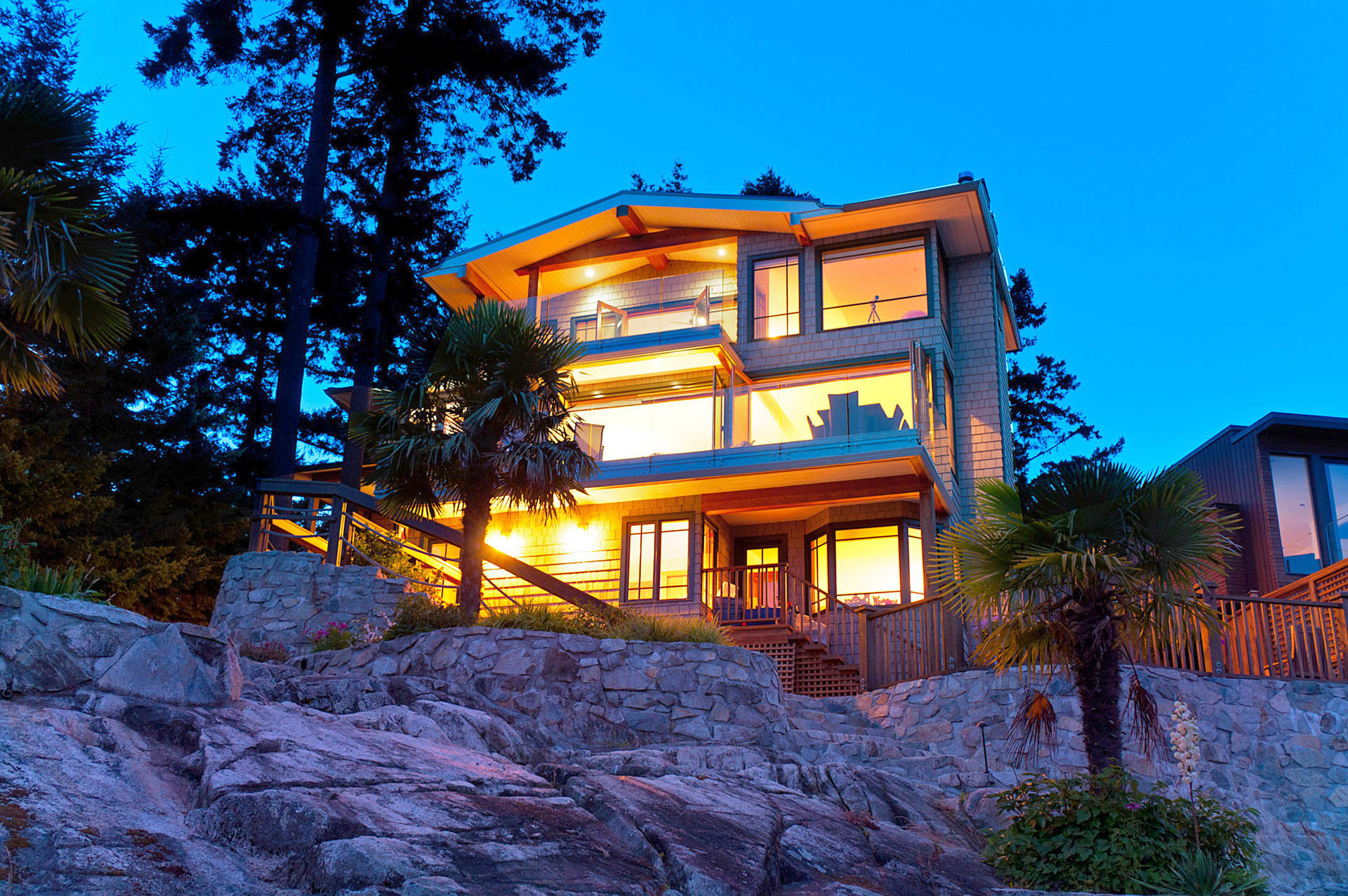 5812 eagle island west vancouver homes and real estate for Vancouver bc houses