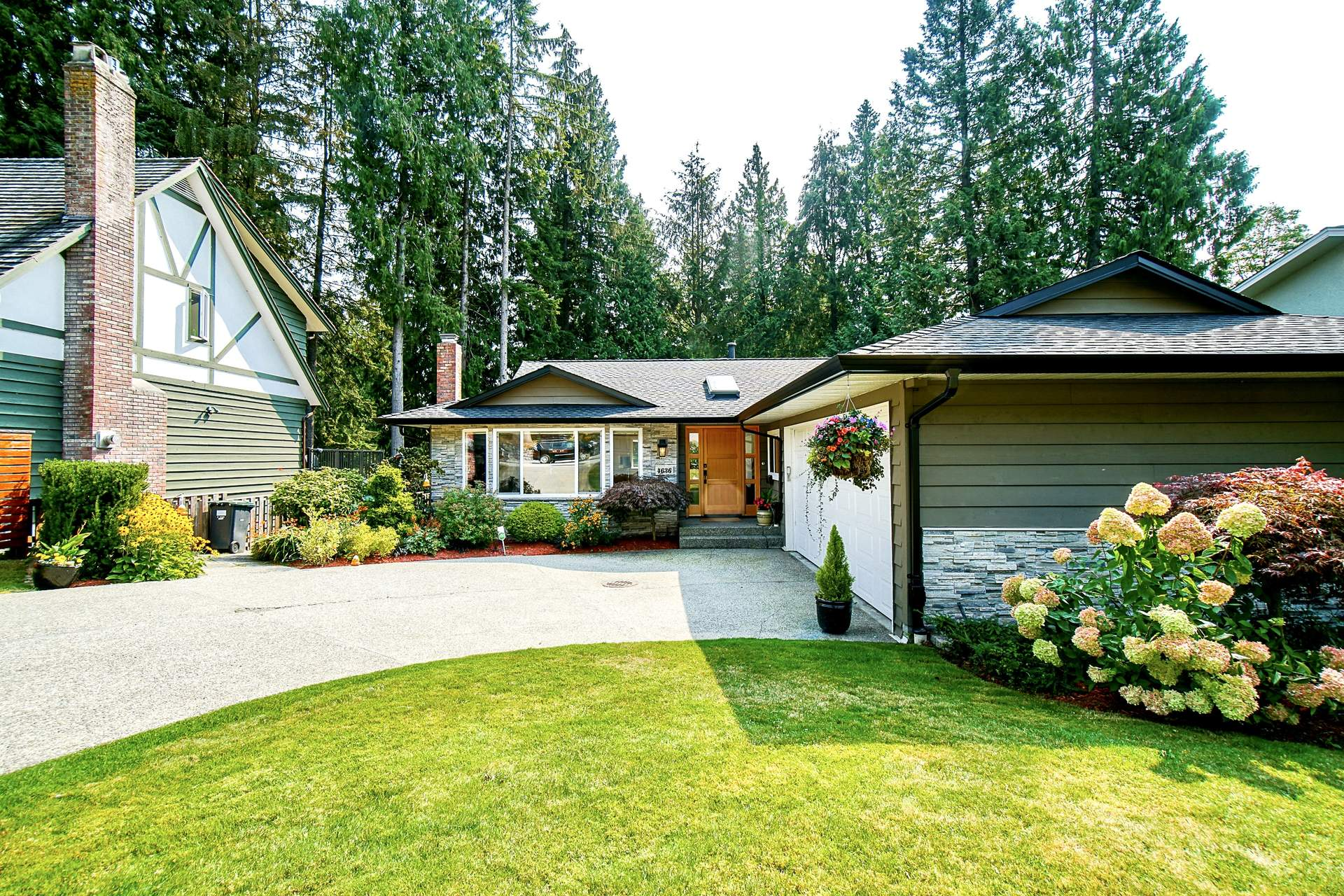 Fabulous Sunny Renovation in Sought After Lynn Valley