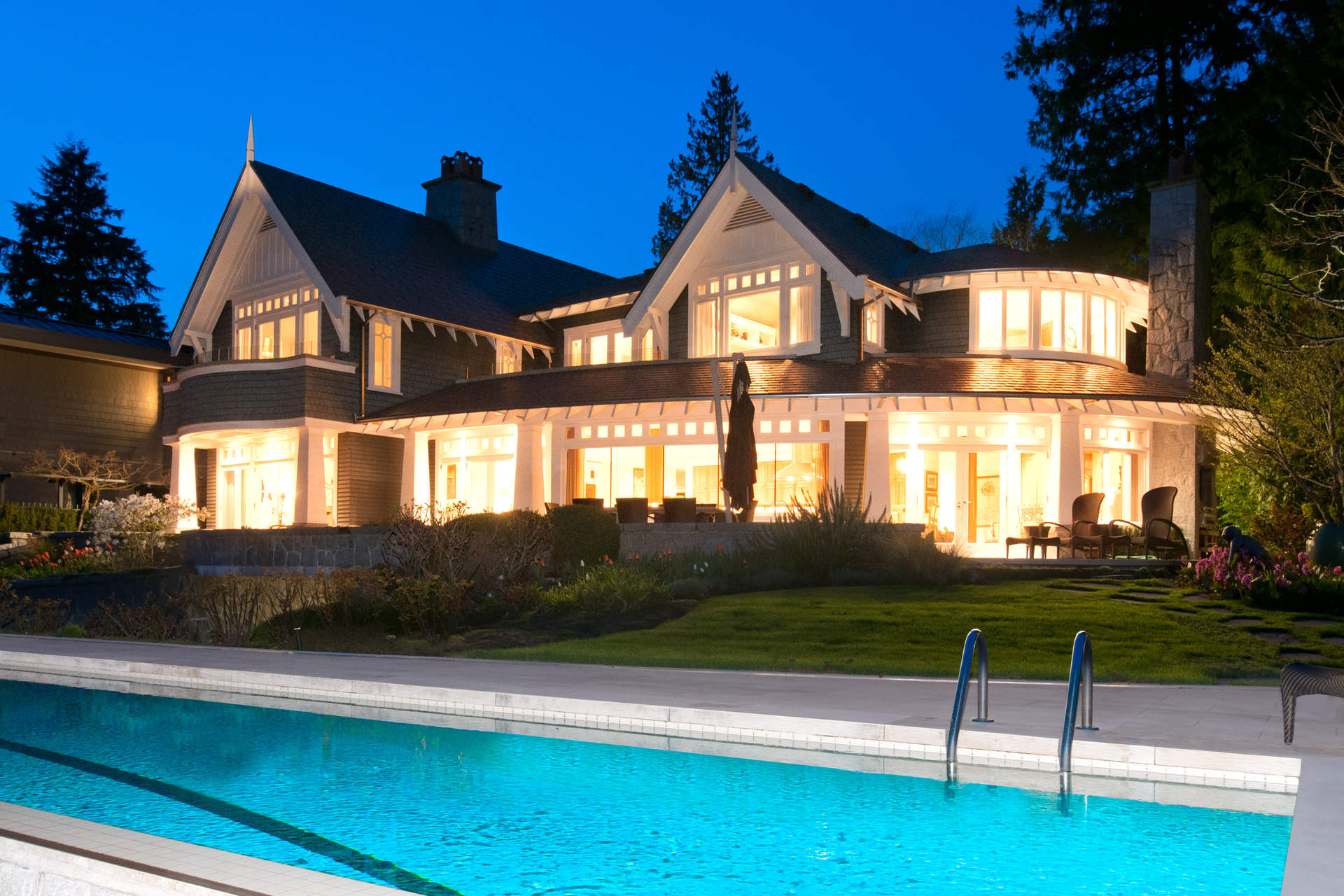 2848 bellevue avenue west vancouver homes and real for Vancouver bc houses