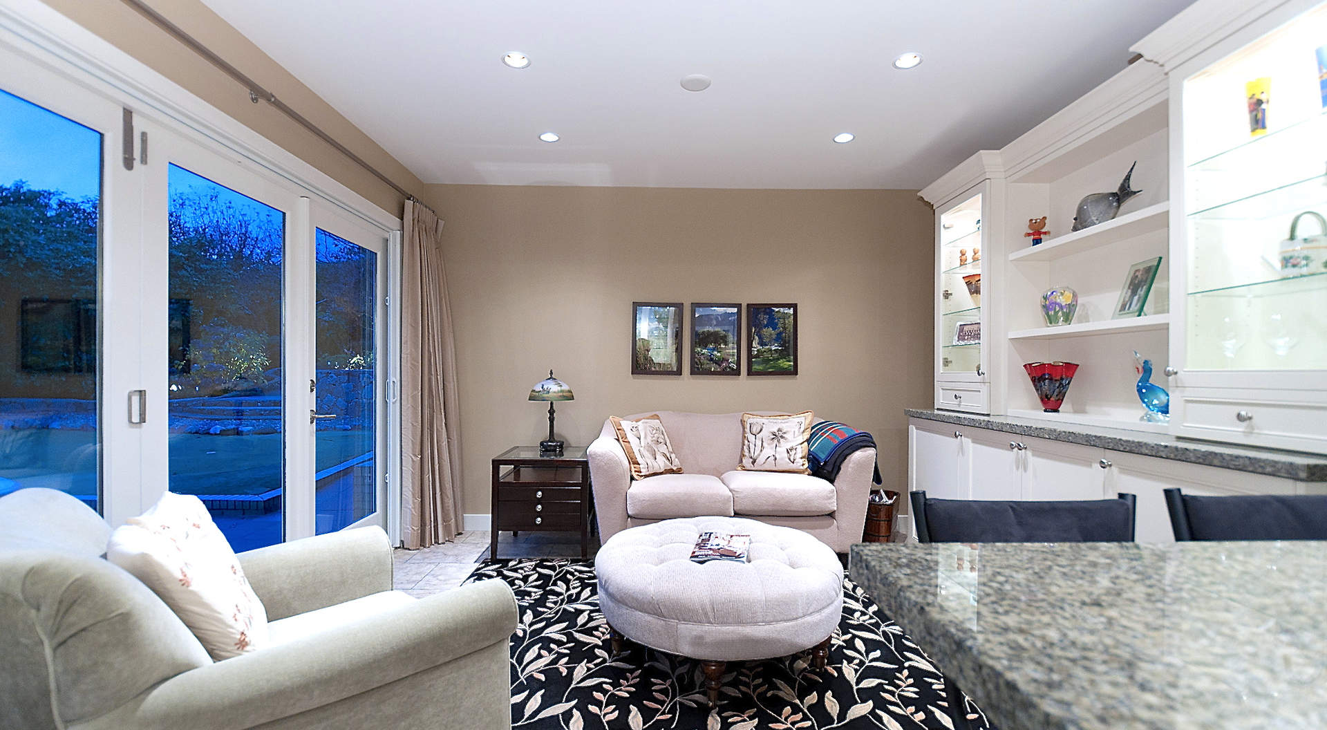 Intimate Family Room