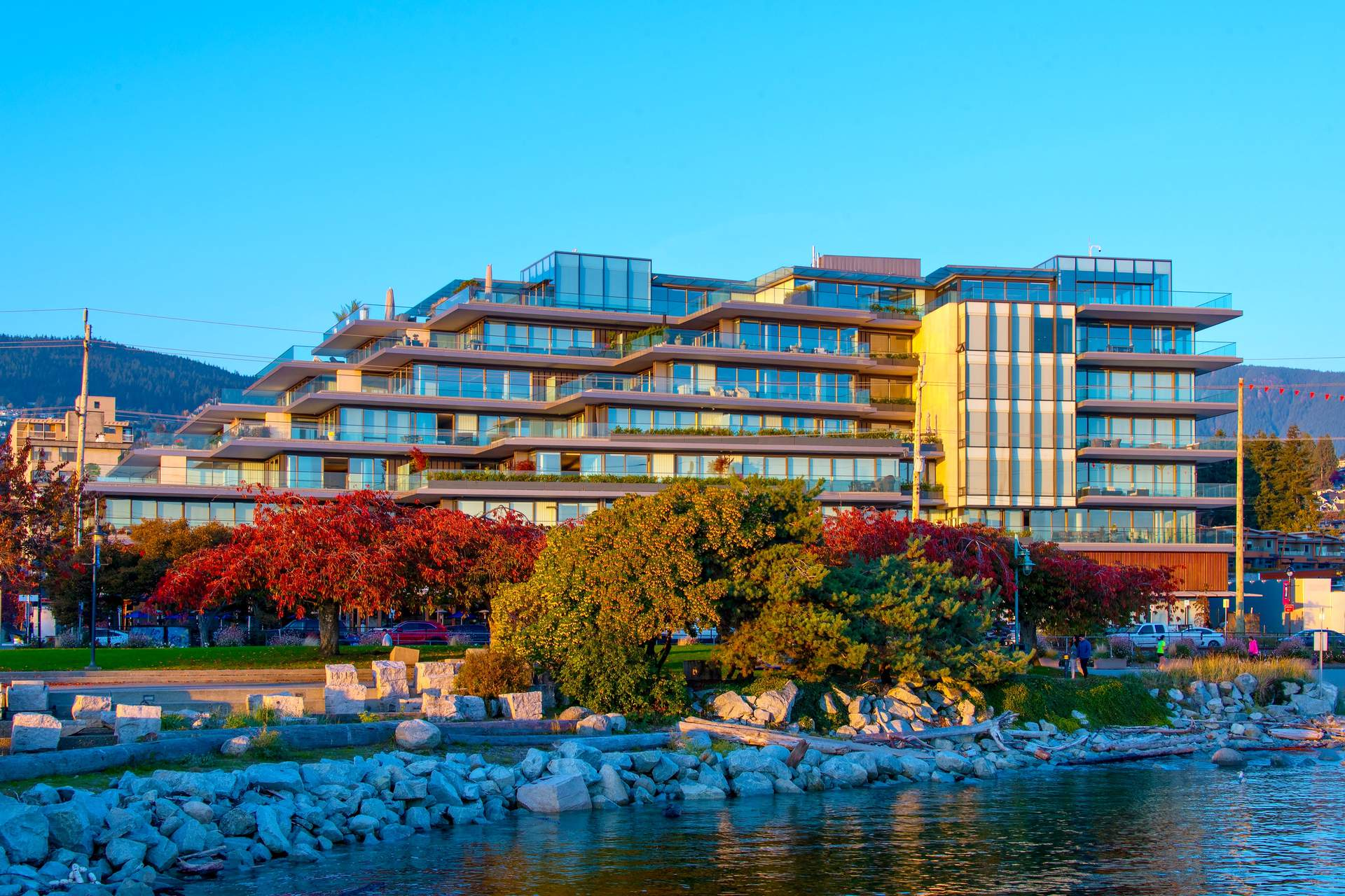 GROSVENOR AMBLESIDE - Waterfront Suite - over 2,700 sq.ft. - Spectacular Ocean Views