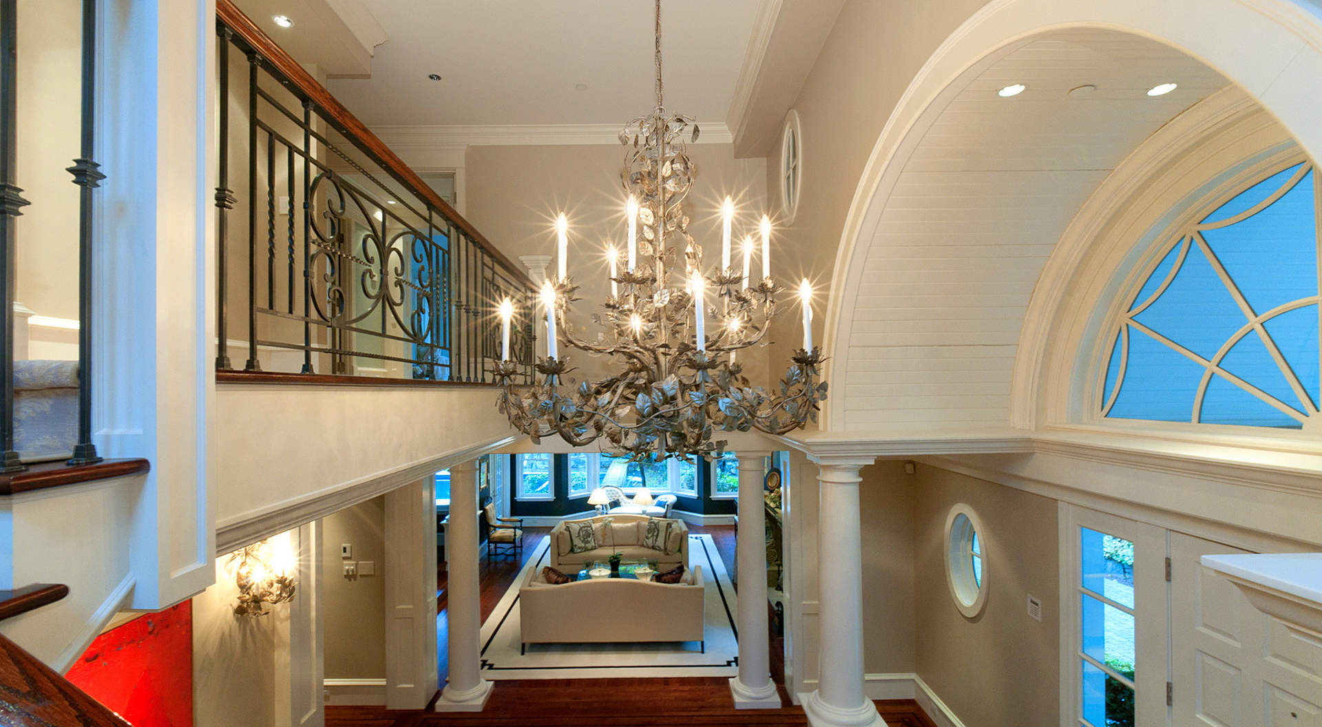 Elegant Foyer Entry