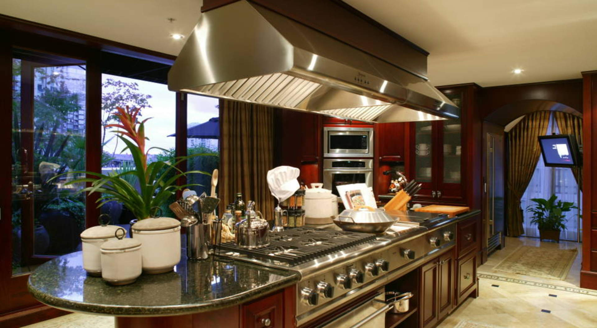 Gourmet Commercial Kitchen